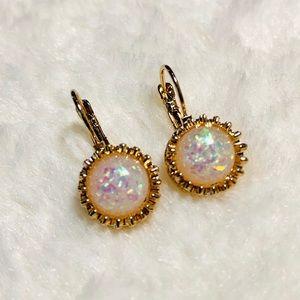 🍄 Opal earrings